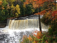 Tahquamenon Falls  Michigan Upper Penensula